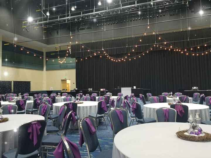 Setting up today for a 600 person Corporate holiday party! #tistheseason 💡🎄❄