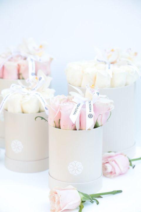Classic roses, truly classic. ⠀⠀⠀⠀⠀⠀⠀⠀⠀⠀⠀⠀⠀⠀⠀⠀⠀⠀#flowers#flowershop#instaflowers#flowersofinstagram#florist#dcflowers#dc...